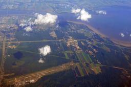 Aéroport de Trois-Rivières vu des airs. Source : http://data.abuledu.org/URI/59bc5cd4-aeroport-de-trois-rivieres-vu-des-airs