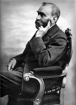 Alfred Nobel. Source : http://data.abuledu.org/URI/518e3f86-alfred-nobel