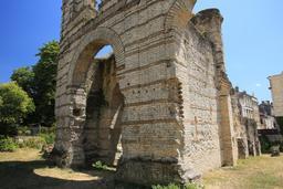 Amphithéâtre de Burdigala. Source : http://data.abuledu.org/URI/55af60bc-amphitheatre-de-burdigala