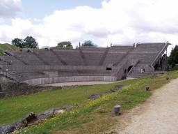 Amphithéâtre de Grand dans les Vosges. Source : http://data.abuledu.org/URI/54a86467-amphitheatre-de-grand-dans-les-vosges