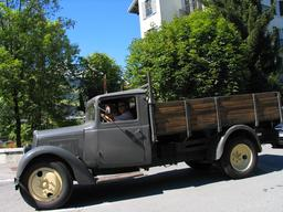 Ancien camion Citroën. Source : http://data.abuledu.org/URI/53296163-ancien-camion-citroen