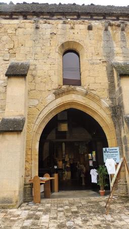 Ancienne église Saint-Georges de Montignac-24. Source : http://data.abuledu.org/URI/5994dcdc-ancienne-eglise-saint-georges-de-montignac-24