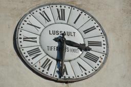 Ancienne horloge d'Ascain. Source : http://data.abuledu.org/URI/529a6b25-ancienne-horloge-d-ascain