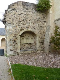 Angers, Abbaye Toussaint. Source : http://data.abuledu.org/URI/562fedc1-angers-abbaye-toussaint