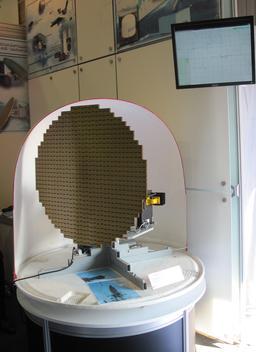 Antenne météorologique d'un radar russe. Source : http://data.abuledu.org/URI/55121fec-antenne-meteorologique-d-un-radar-russe
