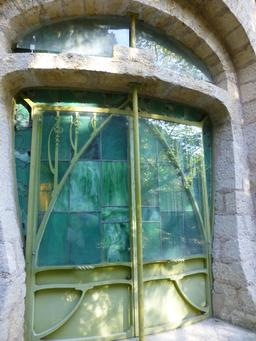 Aquarium dans le jardin du musée de l'école de Nancy. Source : http://data.abuledu.org/URI/5818fd37-aquarium-dans-le-jardin-du-musee-de-l-ecole-de-nancy