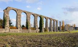 Aqueduc de Luynes. Source : http://data.abuledu.org/URI/54cfea47-aqueduc-de-luynes