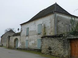 Architecture de maison béarnaise. Source : http://data.abuledu.org/URI/5867616a-architecture-de-maison-bearnaise