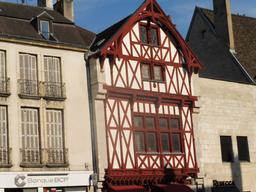 Architecture médiévale à Dijon. Source : http://data.abuledu.org/URI/592689c2-architecture-medievale-a-dijon