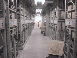 Archives de lithographies. Source : http://data.abuledu.org/URI/5392cad9-archives-de-lithographies