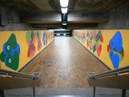 Art contemporain dans le métro de Montréal. Source : http://data.abuledu.org/URI/597808a8-art-contemporain-dans-le-metro-de-montreal