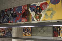 Art contemporain dans le métro de Montréal. Source : http://data.abuledu.org/URI/59780de6-art-contemporain-dans-le-metro-de-montreal