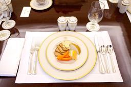 Assiette pleine. Source : http://data.abuledu.org/URI/50393e1b-assiette-pleine
