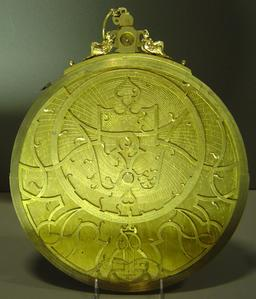 Astrolabe de 1569. Source : http://data.abuledu.org/URI/53ecddde-astrolabe-de-1569