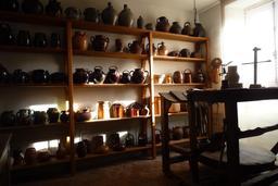 Atelier de potier. Source : http://data.abuledu.org/URI/54a501fe-atelier-de-potier
