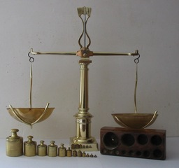 Balance à tabac. Source : http://data.abuledu.org/URI/502e911f-balance-a-tabac