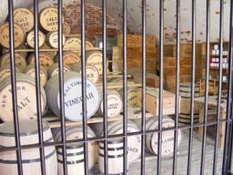 Barils de viande salée. Source : http://data.abuledu.org/URI/51dbec56-barils-de-viande-salee