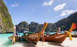 Barques thailandaises. Source : http://data.abuledu.org/URI/52cf3193-barques-thailandaises