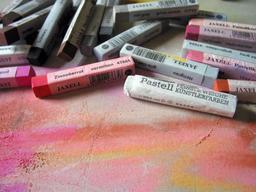 Bâtonnets de pastel. Source : http://data.abuledu.org/URI/5469af0d-batonnets-de-pastel