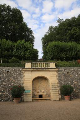 Belvédère aux Jardins de Villandry. Source : http://data.abuledu.org/URI/55e70997-belvedere-aux-jardins-de-villandry