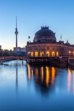 Berlin à l'aube. Source : http://data.abuledu.org/URI/585475af-berlin-a-l-aube