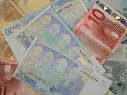 Billets d'Euro. Source : http://data.abuledu.org/URI/522e402b-billets-d-euro