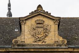 Blason de Charleville-Mézières. Source : http://data.abuledu.org/URI/598d83c8-blason-de-charleville-mezieres