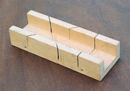 Boîte à onglets. Source : http://data.abuledu.org/URI/51b0a98c-boite-a-onglets