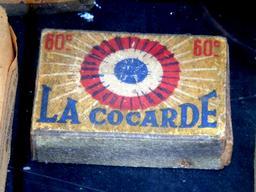 Boîte d'allumettes de La Cocarde. Source : http://data.abuledu.org/URI/5311e29f-boite-d-allumettes-de-la-cocarde