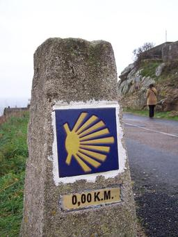 Borne 0 km. Source : http://data.abuledu.org/URI/50411663-borne-0-km