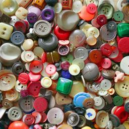 Boutons de différentes formes. Source : http://data.abuledu.org/URI/53176a33-boutons-de-differentes-formes