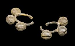 Bracelets de cheville de Côte d'Ivoire. Source : http://data.abuledu.org/URI/549370f4-bracelets-de-cheville-de-cote-d-ivoire