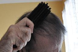 Brosse à cheveux. Source : http://data.abuledu.org/URI/54c7803c-brosse-a-cheveux