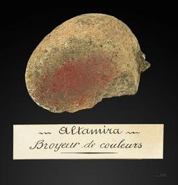 Broyeur de couleur préhistorique. Source : http://data.abuledu.org/URI/549dd196-broyeur-de-couleur-prehistorique