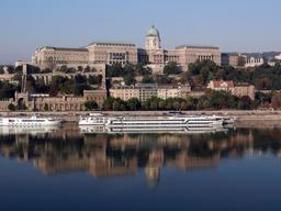 Budapest. Source : http://data.abuledu.org/URI/5854788c-budapest