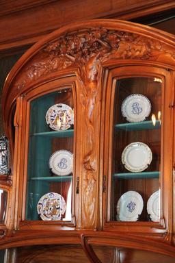 Buffet de style Art Nouveau. Source : http://data.abuledu.org/URI/53130f6a-buffet-de-style-art-nouveau