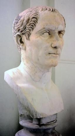 Buste de Jules César. Source : http://data.abuledu.org/URI/50eab0e6-buste-de-jules-cesar