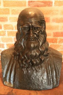 Buste de Léonard de Vinci. Source : http://data.abuledu.org/URI/55ccd4bf-buste-de-leonard-de-vinci