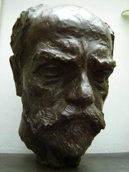Buste du compositeur Antonin Dvorak. Source : http://data.abuledu.org/URI/58826476-buste-du-compositeur-antonin-dvorak