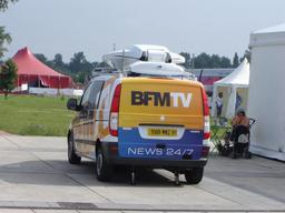 Camionnette de télévision. Source : http://data.abuledu.org/URI/533438ef-camionnette-de-television