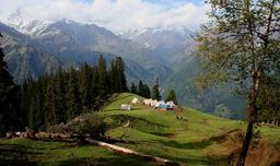 Camping en Inde. Source : http://data.abuledu.org/URI/522a5aca-camping-en-inde