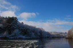 Le fleuve Miño en Galice. Source : http://data.abuledu.org/URI/586a5804-caneiro-da-tolda-nevado-8i2010-jpg