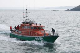 Canot de sauvetage. Source : http://data.abuledu.org/URI/47f55c2a-canot-de-sauvetage