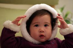 Capuche d'hiver pour un enfant. Source : http://data.abuledu.org/URI/504372a5-capuche-d-hiver-pour-un-enfant