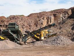 Carrière de granite dans les Vosges. Source : http://data.abuledu.org/URI/5095482b-carriere-de-granite-dans-les-vosges