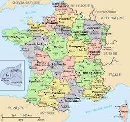 Carte colorisée des départements et régions de France. Source : http://data.abuledu.org/URI/50f7249b-carte-colorisee-des-departements-et-regions-de-france