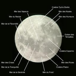 Carte de la Lune. Source : http://data.abuledu.org/URI/51afa8fc-carte-de-la-lune