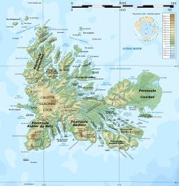 Carte topographique des îles Kerguelen. Source : http://data.abuledu.org/URI/51cf42f1-carte-topographique-des-iles-kerguelen