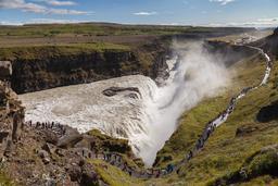 Cascade d'or en Islande. Source : http://data.abuledu.org/URI/5630d95e-cascade-d-or-en-islande