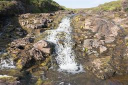 Cascade dans l'île de Skye. Source : http://data.abuledu.org/URI/58750fbe-cascade-dans-l-ile-de-skye